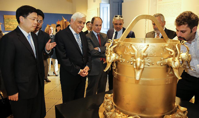 Greek president visits exhibition of Ancient Chinese Science and Technology