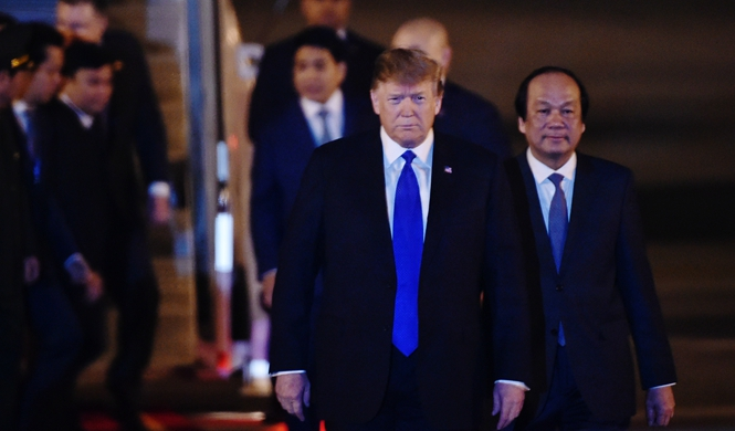Trump arrives in Hanoi for 2nd DPRK-U.S. summit