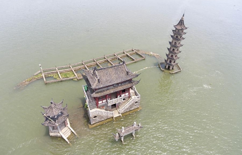 Water level of Poyang Lake higher than warning level for days