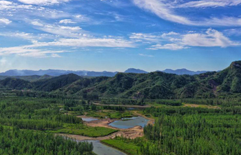 Ecological tourism keeps booming in Qianxi, north China's Hebei
