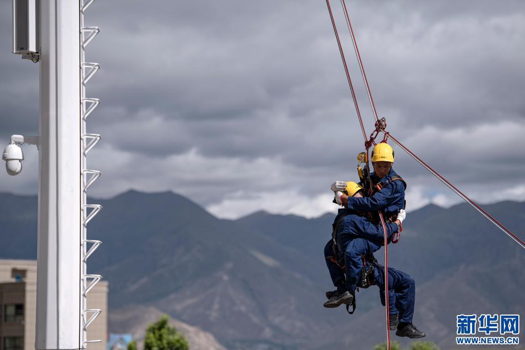 西藏:地震及繩索應急救援骨幹培訓順利結業(圖)