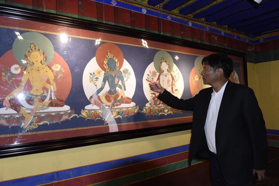 """古老唐卡藝術的嬗變:多吉頓珠和他的""""多派唐卡"""""""