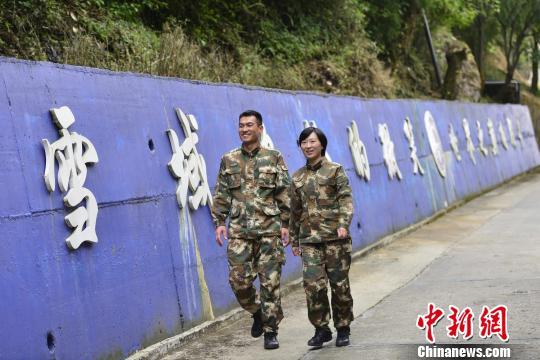 西藏邊防夫妻國門前的堅守