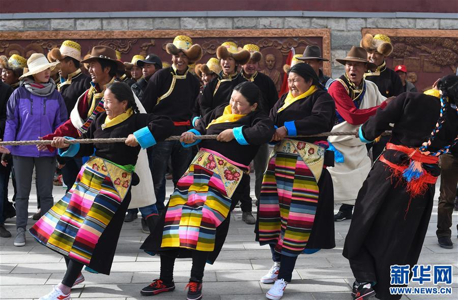 全民健身——西藏:鄉村拔河樂趣多