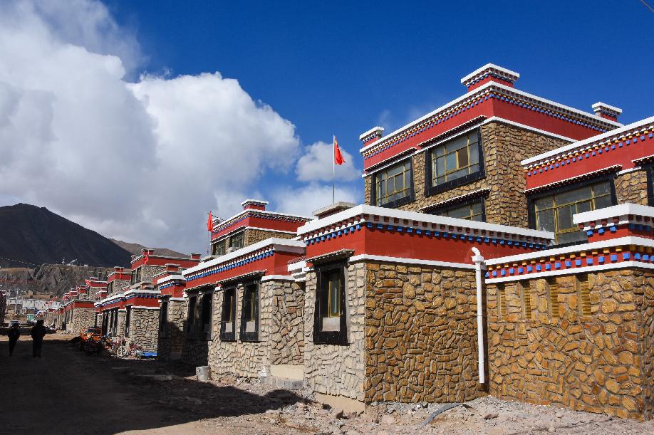 索县人口_西藏索县境内一辆客车翻车 18人死亡28人受伤