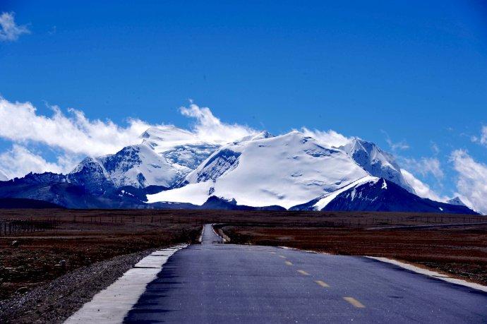西藏拉薩前11月遊客近1600萬人次創歷史新高