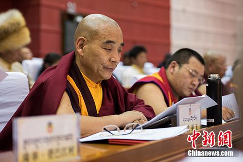 西藏政協宗教界委員:以出世思想做入世之事