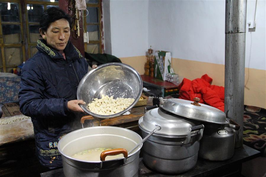 """西藏:歲歲""""古突""""夜"""