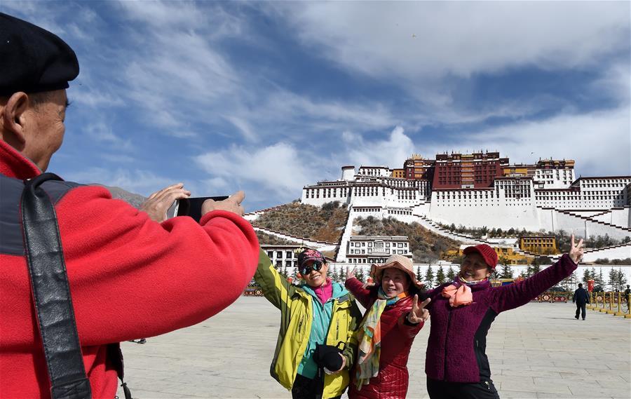 西藏旅遊升溫