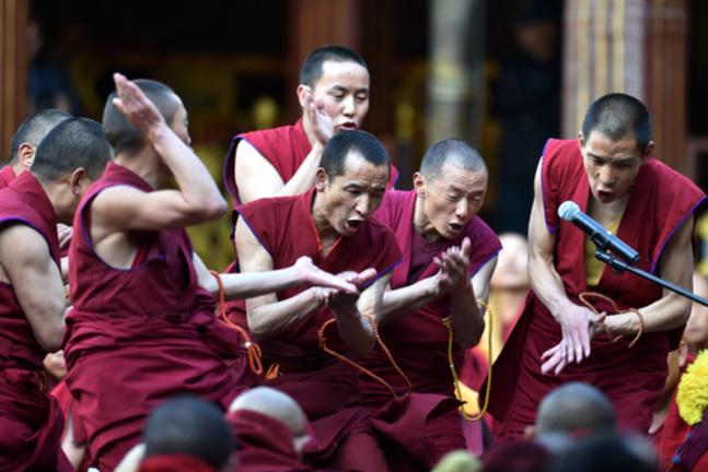 藏傳佛教學經僧人晉升格西拉讓巴學位夏季預考開考