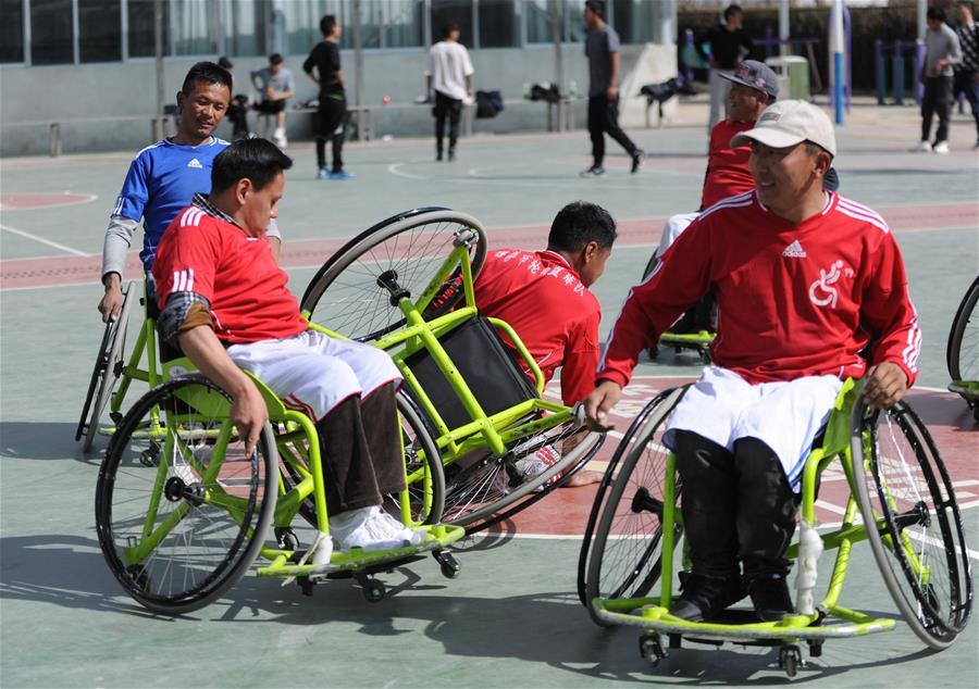 全民健身 樂享生活——中國海拔最高的輪椅籃球隊(圖)