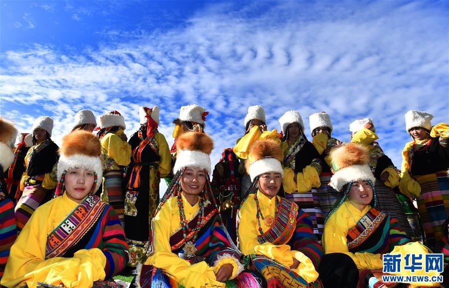 """藏北安多牧區的""""天線帽""""(圖)"""
