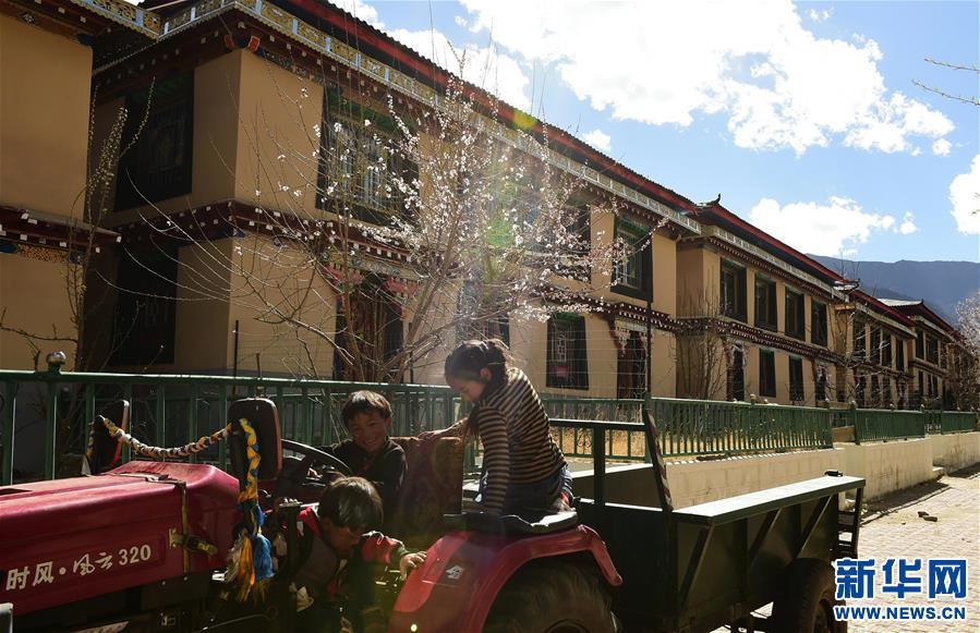 西藏扎西塘村:駐村工作隊助農牧民脫貧致富(圖)