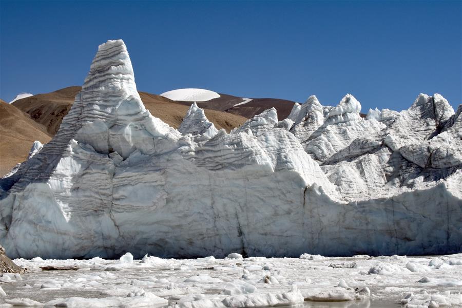 雄奇壯麗的崗布冰川(圖)