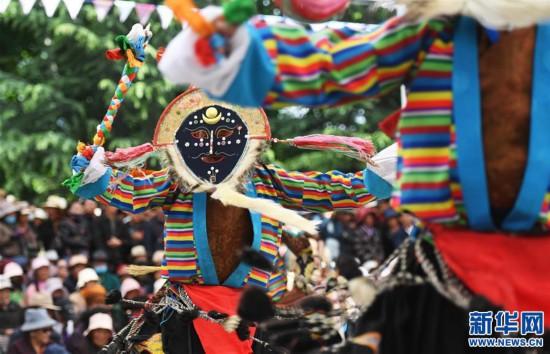 西藏完成六部傳統藏戲舞臺化改編項目