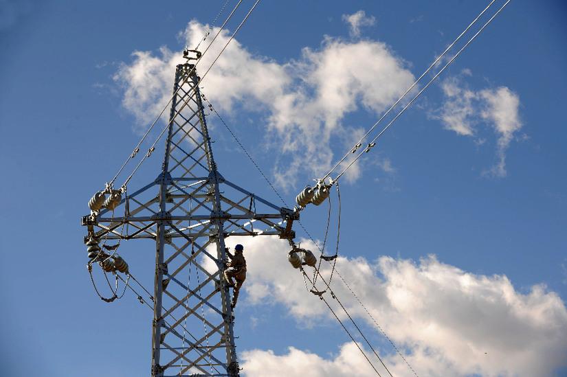 西藏主電網已覆蓋全部74個縣(區)