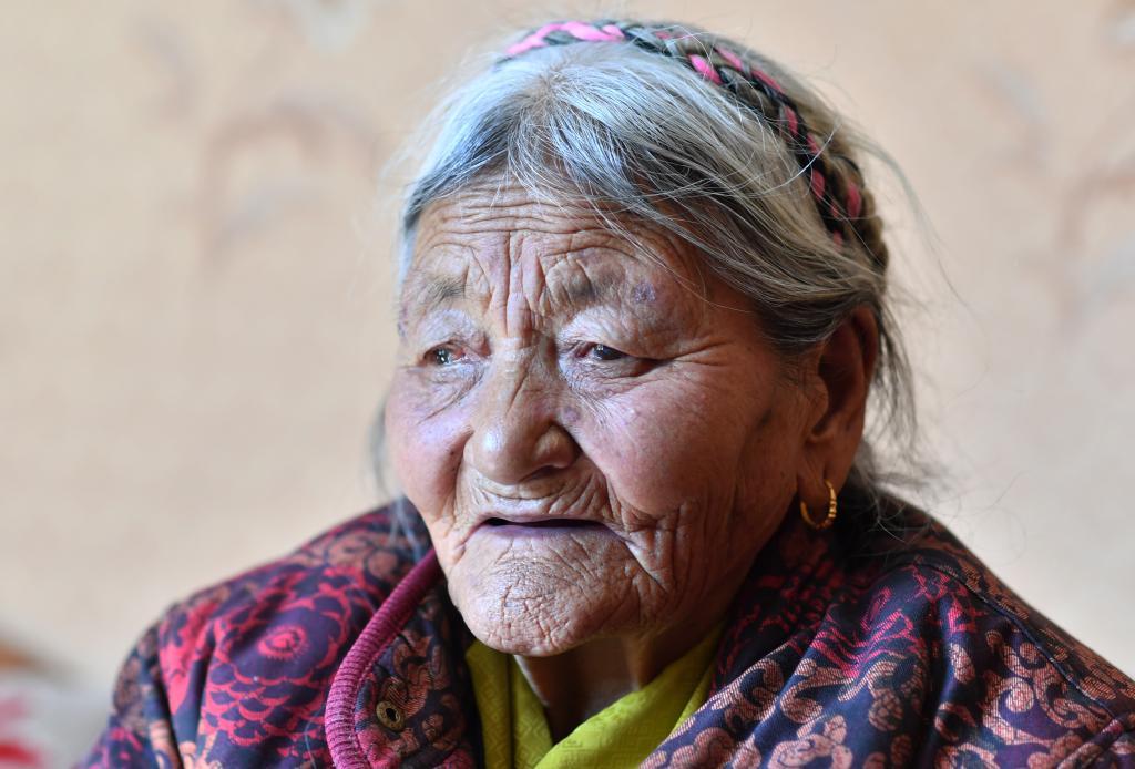 苦難和新生——西藏翻身農奴影像檔案:次仁拉姆
